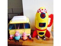 Peppa pig bundle rocket and camper van