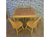 Top Tiled Dining Table with 4 Spindle Back Chairs