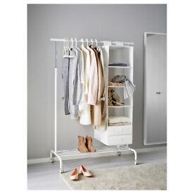 RIGGA Adjustable Clothes Rack