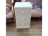Alstons Bedroom Furniture Set