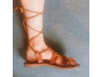Vintage leather sandals - Size 6UK or 8US Summer wear shoes Audrey Hepburn style Roman Holiday