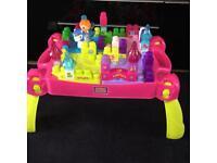 Mega Bloks Lil' Princess Play 'n Go Fairytale Table Pink Set Gift