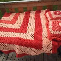 Beautiful crocheted throw and 2 pillows
