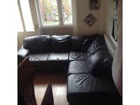 Corner suite V dark brown leather.