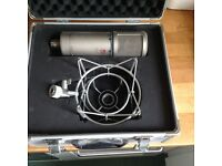Se electronics Z3300 a microphone