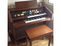 Lowrey Electronic Organ