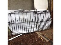 GARDEN GATES 1200w x 1000h