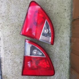 2001-2004 FORD GALAXY TAILGATE LIGHTS