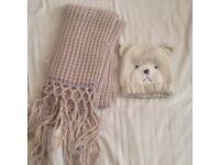 Hat /scarf