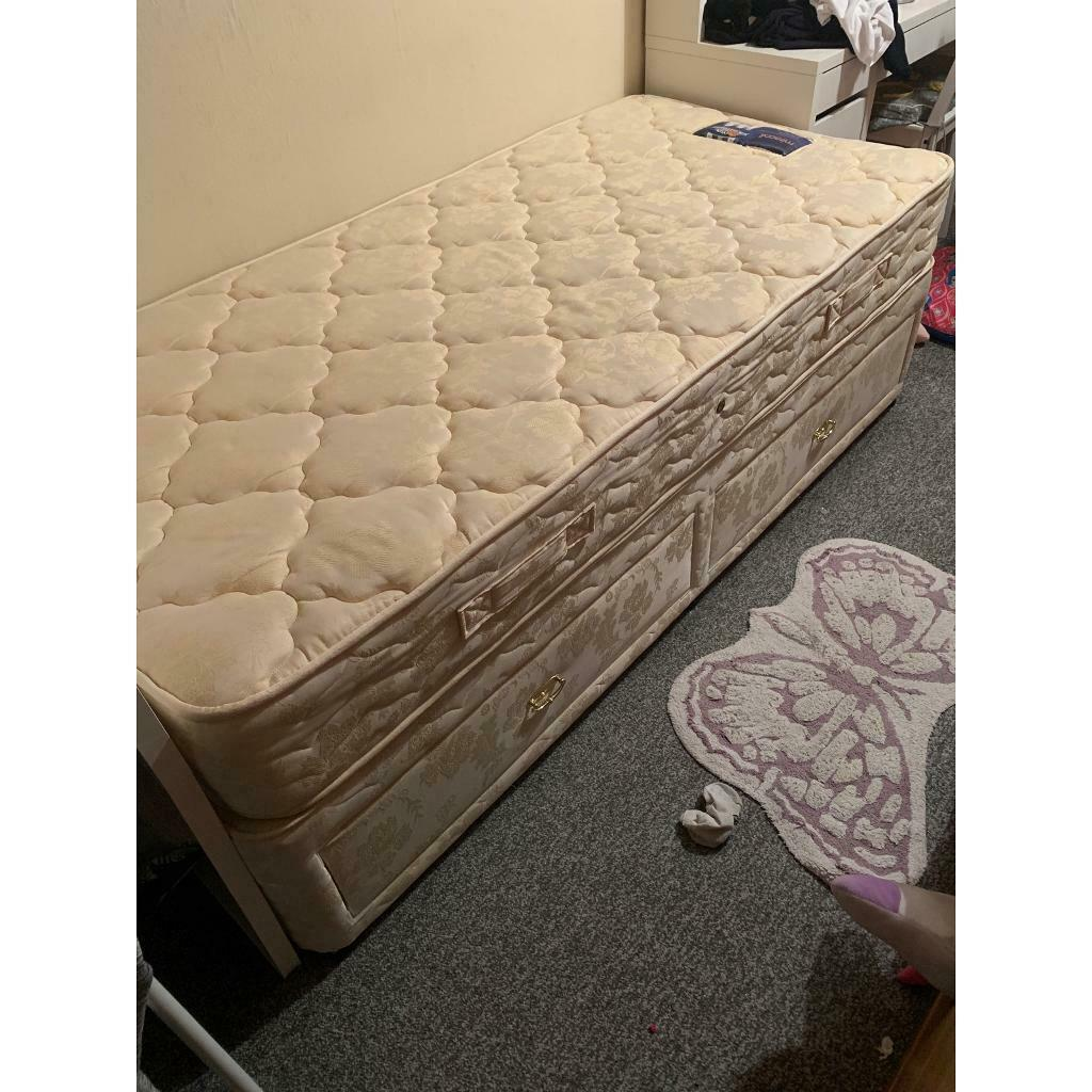Picture of: Single Divan Bed Set In Southmead Bristol Gumtree