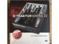 NI TRAKTOR KONTROL Z2 - Native Instruments USB MIDI Controller DJ Mixer