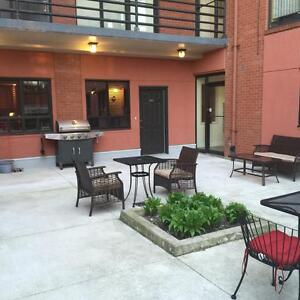 BEAUTIFUL 2 BDRM APARTMENT IN KINGSVILLE $1099 + GAS & WATER