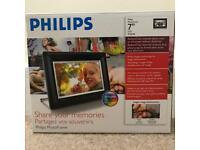 Philips digital photo frame (unused)
