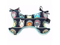 La Millou Angel's Wings: Baby's neck and head support pillow indian zoo/teal FREE DELIVERY