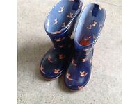 Infant size 4 wellies with foxes