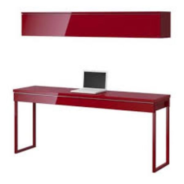 ikea schreibtisch besta burs in rot in m nchen. Black Bedroom Furniture Sets. Home Design Ideas