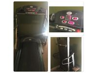 Horizon Quantum 2 Commercial Quality Folding Treadmill for sale!! Fully working order!