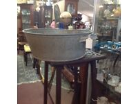 Round galvanised tin bath/pot ideal for plant pot