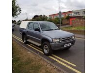 For sale solid genuine Toyota hilux 2.4 diesel , mileage 154000, has MOT till August 2017