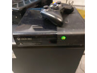 Xbox 360 S console complete with power pack, wireless controller and Kinect sensor