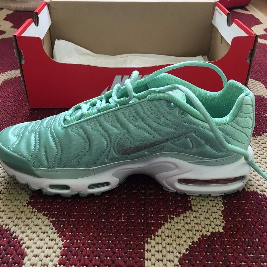 ladies nike tn trainers
