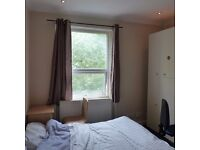 Cosy double room in the heart of Shepherds Bush