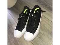 Chuck Taylor II white and black converse