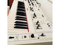 Yamaha CS30L rare analogue synthesizer white!