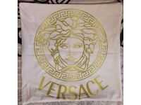 2x Versace pillow case White / Gold