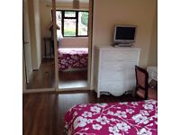 Room To Let. Double Room - Furnished in Waterlooville Area. Professionals only.