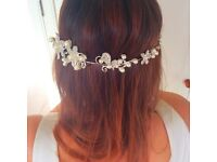 Beautiful Silver, bendable, Pearl & Crystal Bridal Hair Vine / Tiara.