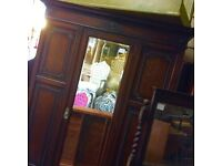 Reduce antique mirror fronted wardrobe