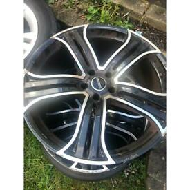 Range Rover 22 inch wheels