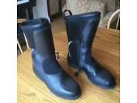 """BMW ( never used ) """" ALLROUND """" leather waterproof zip up motorcycle boots size 9"""