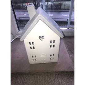 White and grey house table lanp