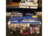 PS4 Limited Edition Fully Boxed in Excellent Condition + 3 Games
