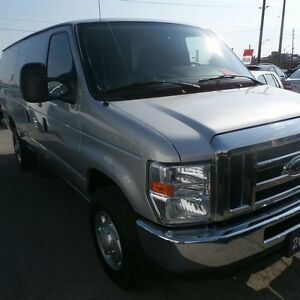 2012 Ford E-350 extended cargo