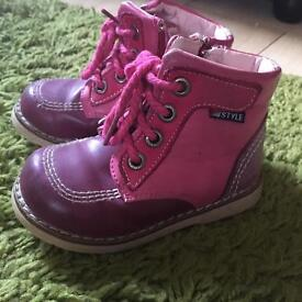 Girl shoes/ boots size 6 UK (EU23) from STYLE