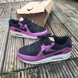 Nike air max 90 trainers size 4