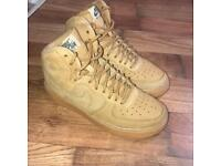 NIKE Tan Air Force 1 size 4