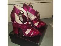 Women sandals size 7