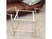 Moses basket rocking stand by Clair de lune