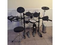 Roland Electric drum kit MDS-6C, mint condition, hardly used, includes stool and amp, great value
