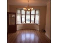 3 BED HOUSE TO RENT IN ILFORD!! NEAR SOUTH PARK. 2 BATHROOMS. VERY MODERN £1750PCM!!
