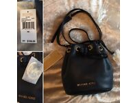 BNWT Michael Kors 'JULES' Navy Leather Drawstring Crossbody Mini Bucket Bag