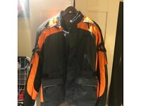 """Size L 42"""" chest Weise brand new waterproof jacket. Protection to elbow shoulder and back."""