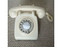 Working Pedlar's classic ivory / cream vintage retro reconditioned rotary dial telephone