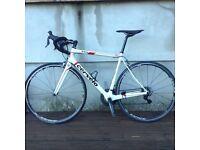 Men's Cervelo RS Carbon road bike size 54cm.