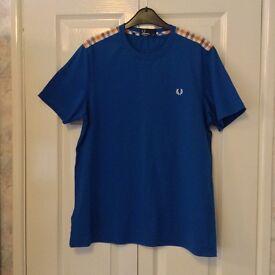 Genuine Fred Perry Men's T-Shirt Medium