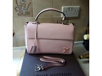 Louis vuitton Clunny hand bag £85 07941364491